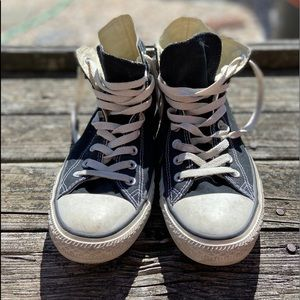 Converse black and white high tops size 8 men's